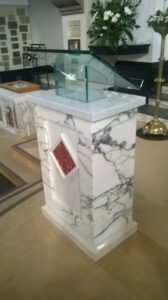 Examples of Alberti luptons work on Altars